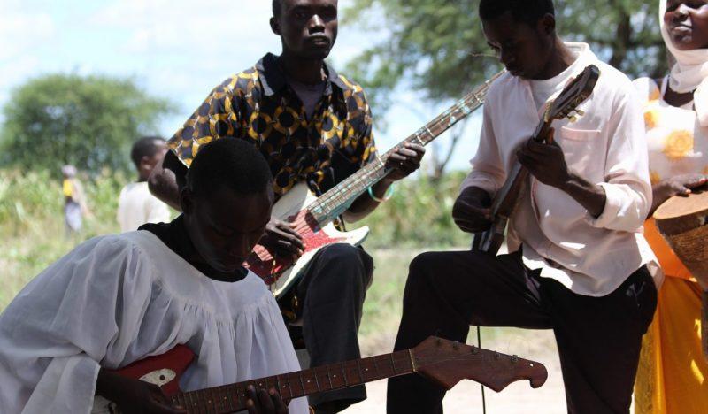 Le marché de la musique africaine courtisé comme jamais