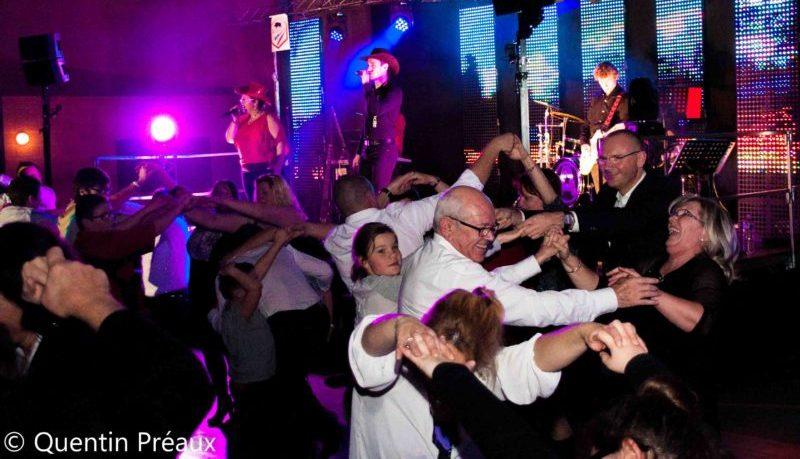 Ardennes: le cri d'alarme des musiciens face à la concurrence déloyale de Belgique