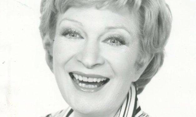 RIP. Simone Chobillon, comédienne, chanteuse, danseuse, à 98 ans