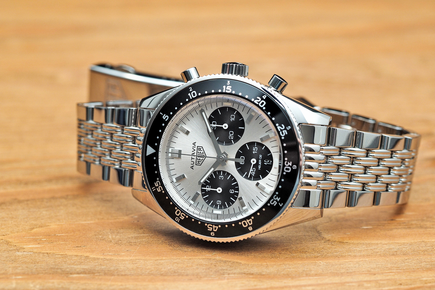 Review tag heuer autavia jack heuer limited edition for Tag heuer autavia