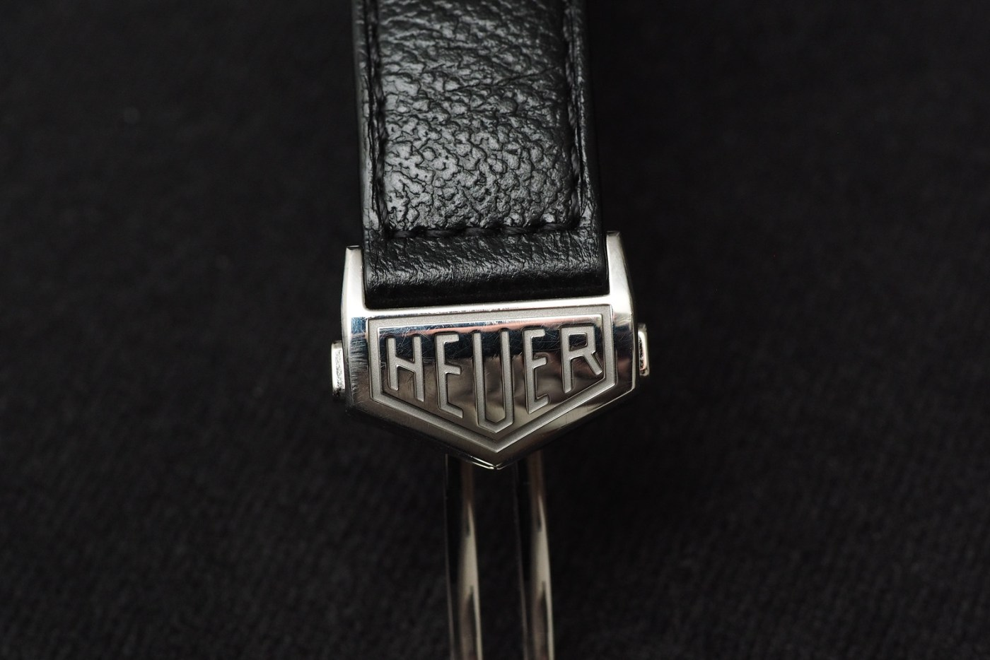 TAG Heuer Carrera Calibre 18 Automatic Chronograph buckle