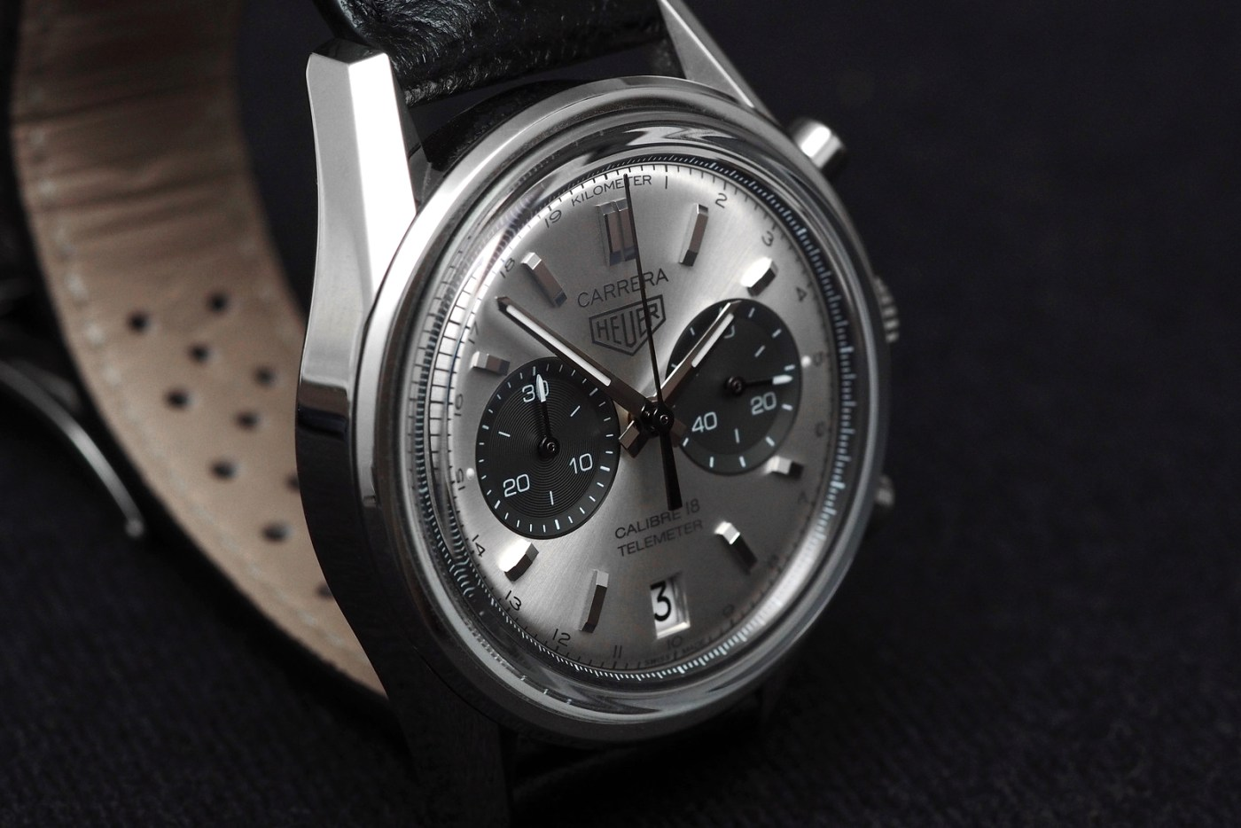 TAG Heuer Carrera Calibre 18 Automatic Chronograph caseflank