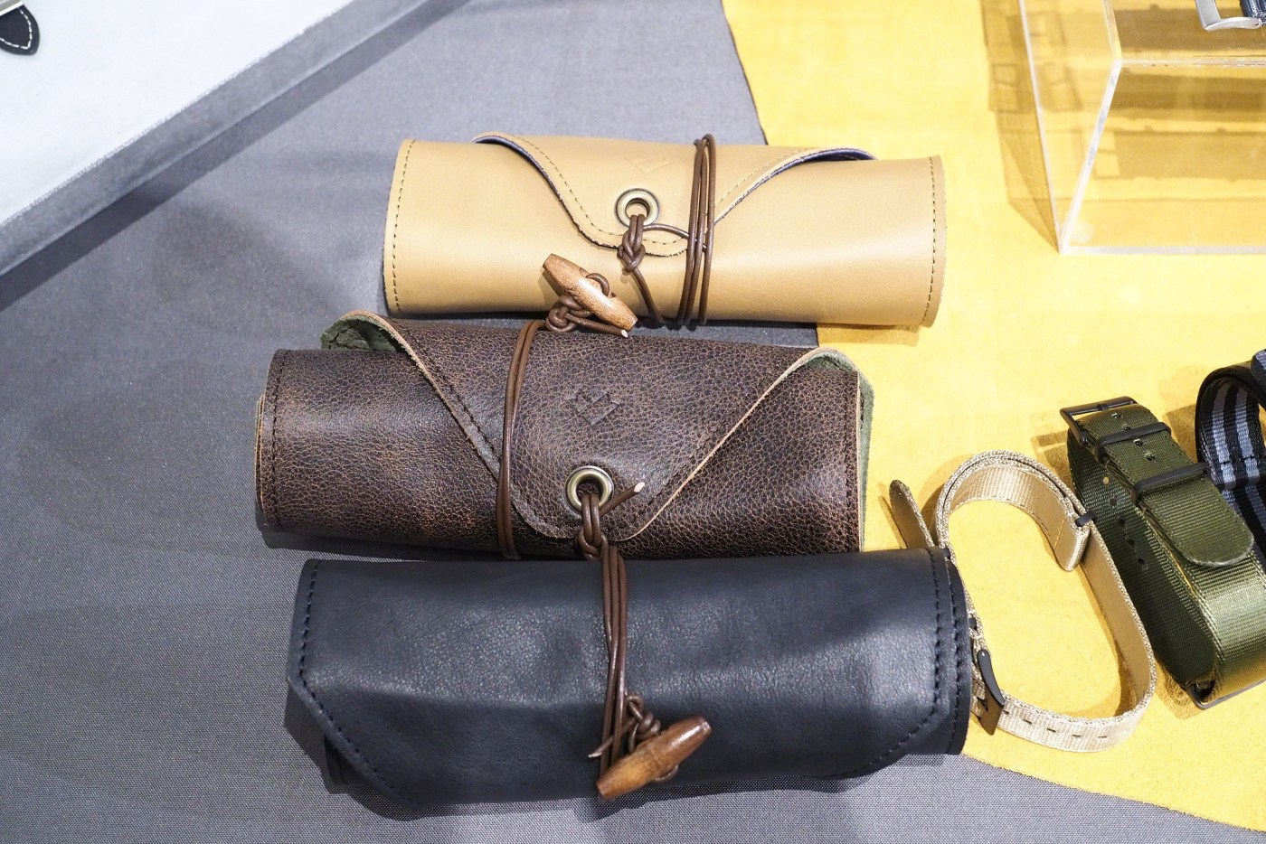 Crown and Buckle Black Label leather watch rolls
