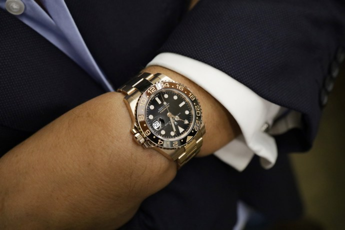 Rolex GMT-Master II Everose gold 126715CHNR writshot
