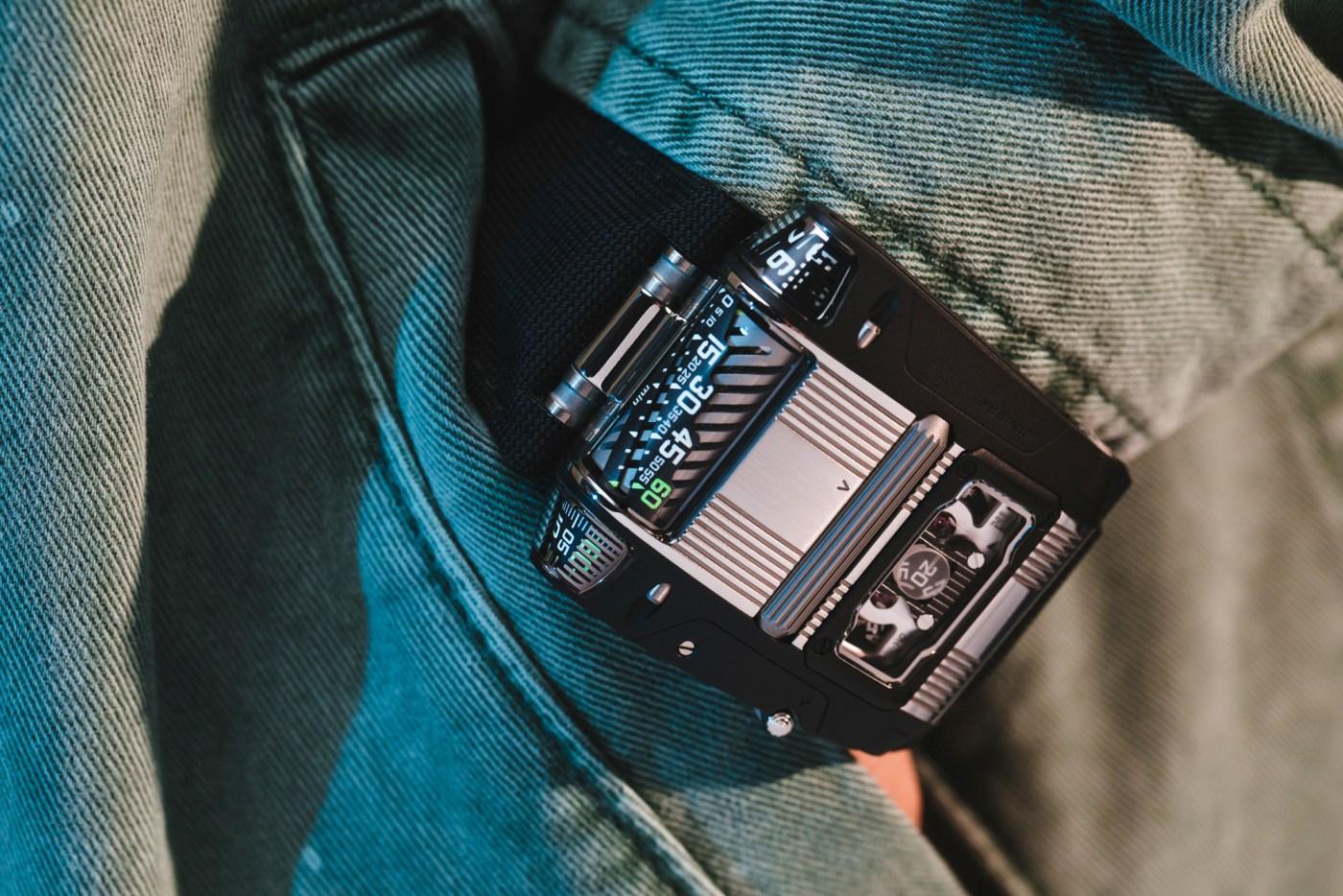 Urwerk UR-111C Two-Tone pocketshot