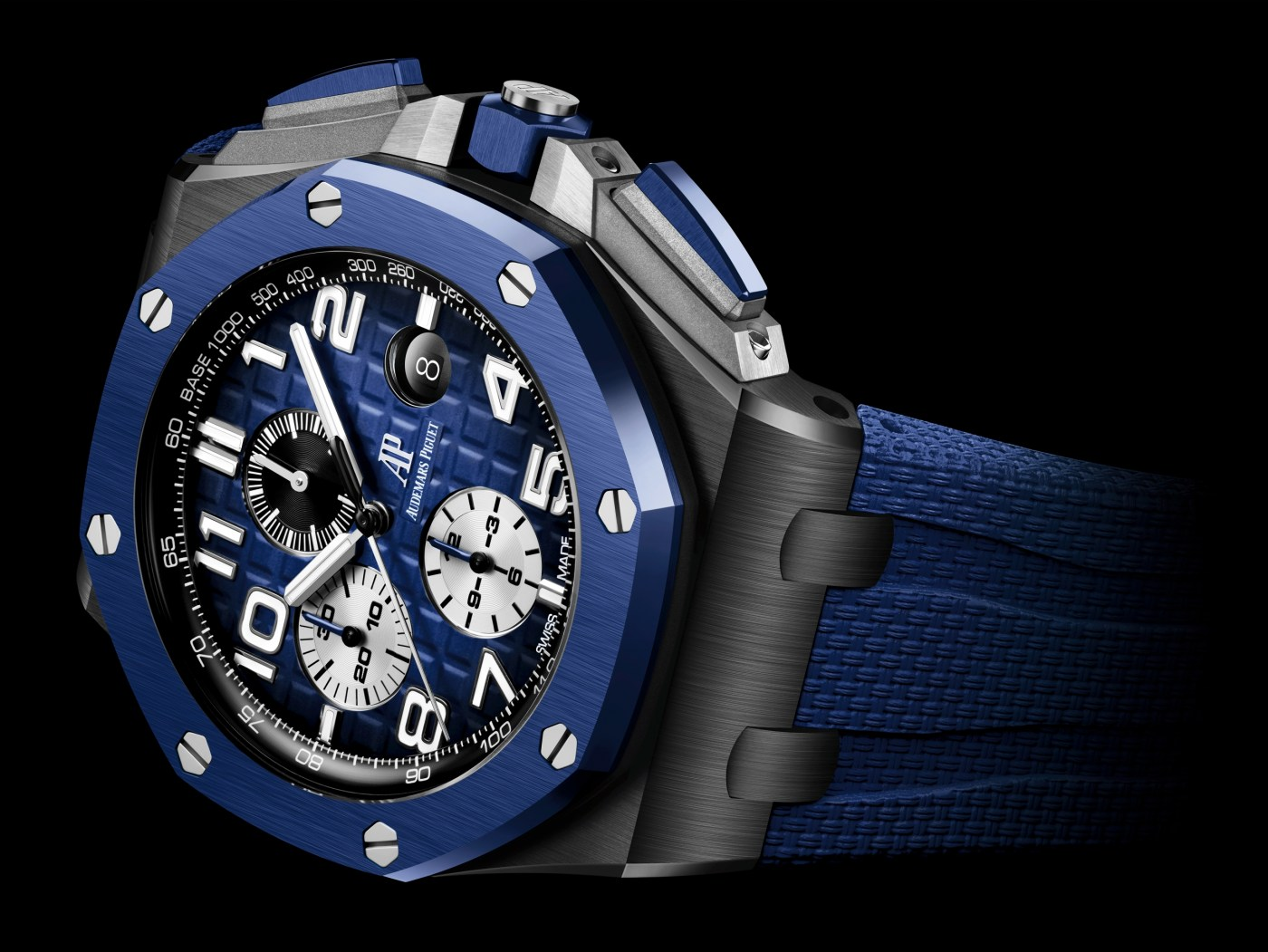 2020 Royal Oak Offshore Chronograph 44 mm Ceramic blue on side