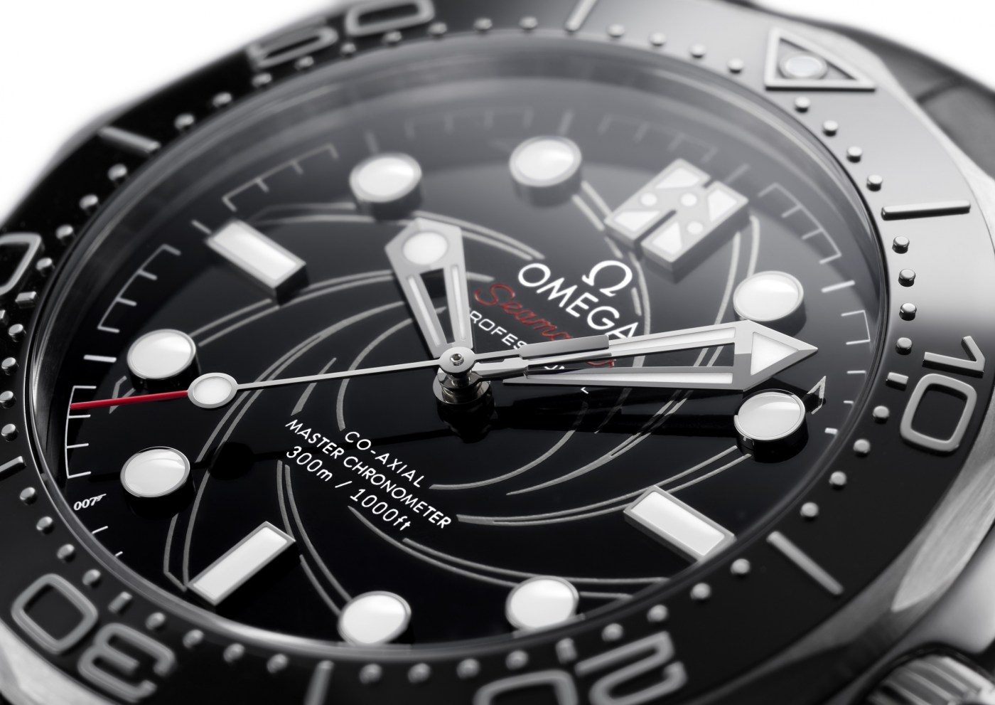 2020 Seamaster Diver 300M James Bond Platinum Gold