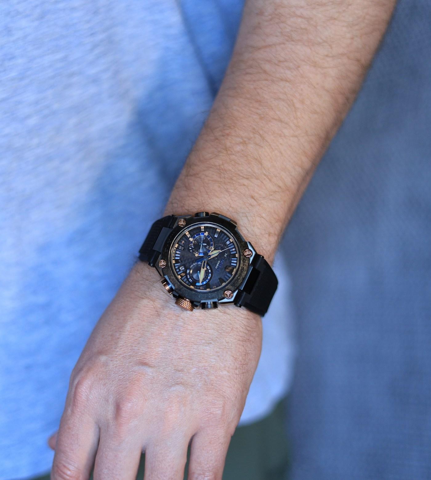 MR-G 'Kachi-Iro' MRG2000 wristshot