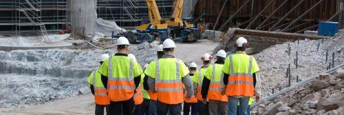 Volumul productiei in constructii ar putea scadea in urmatoarele trei luni