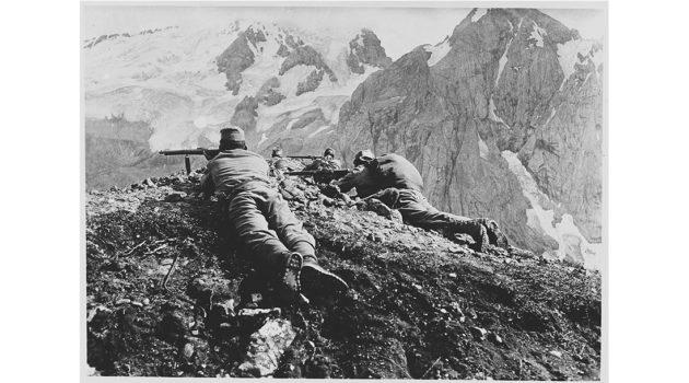 Kriegsfotografinnen in Europa 19141945  ProfiFoto