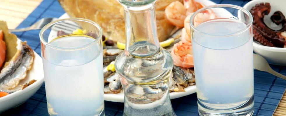 Un bicchiere di acqua e zammù