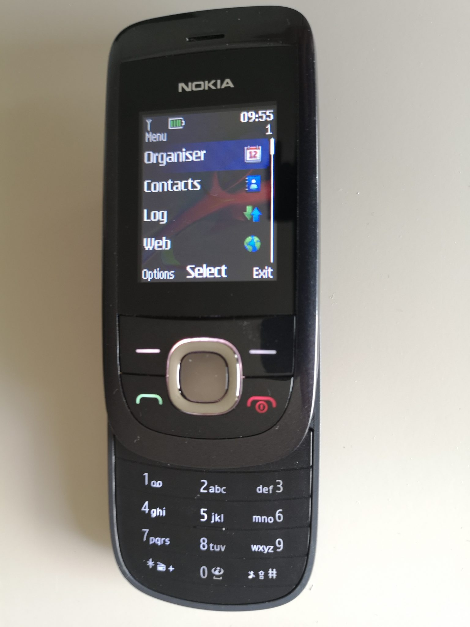 Nokia 2220 Slide Review - A Small, Classy Slider Phone on a Budget