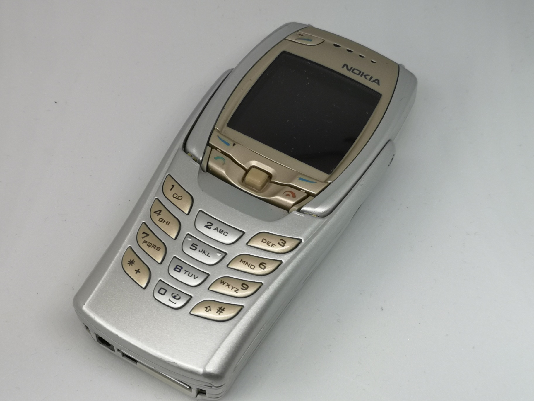 Nokia 6810 Review - Innovative Mobile Phone with Keyboard