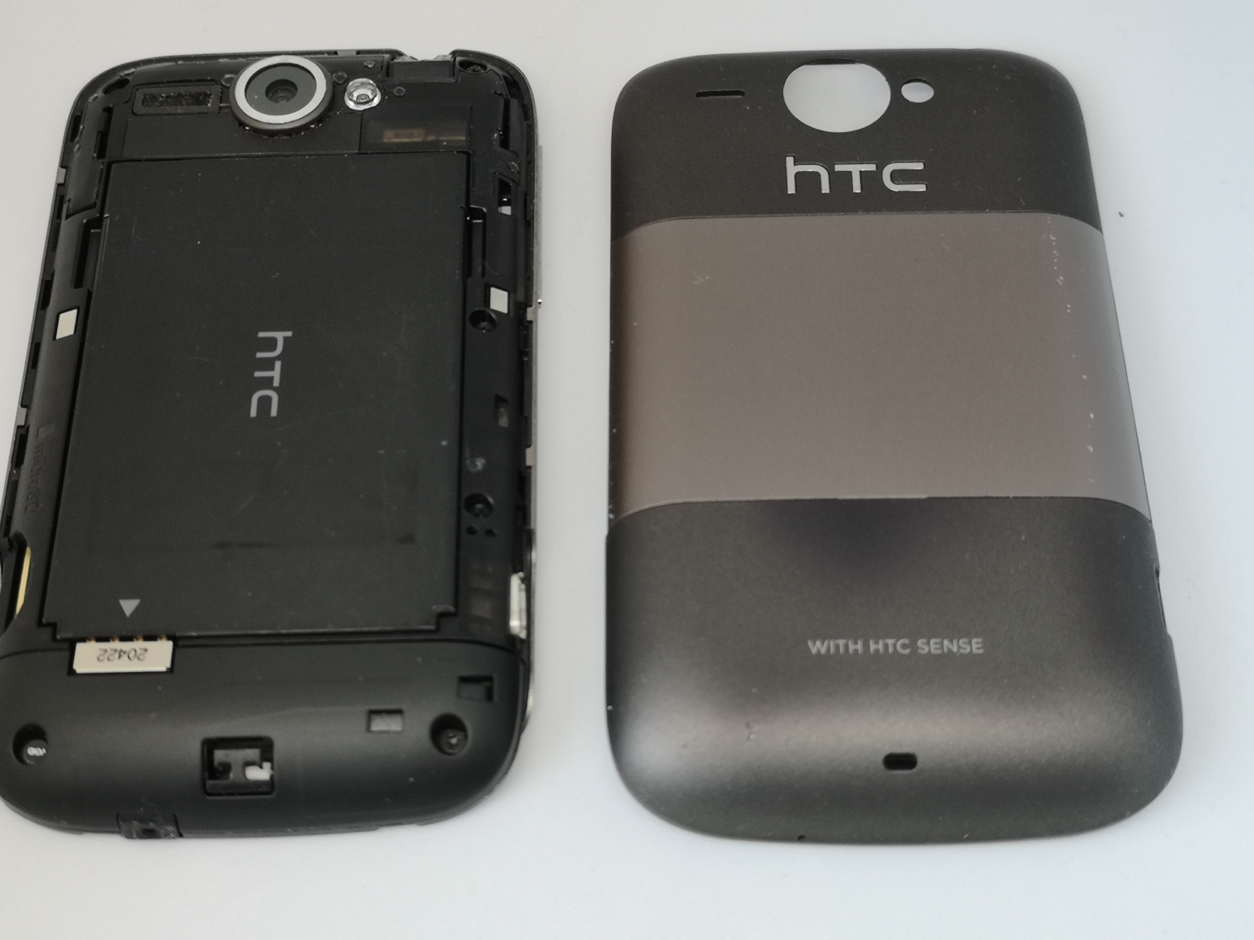 HTC Wildfire Review - Premium Small Screen Android Phone