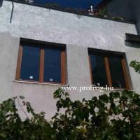 Festett kétszárnyú fa ablakok