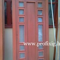 festett üveges bejárati ajtó