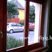 Mahagóni tokosztós fa ablak