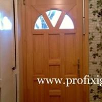 Távnyitós üveges bejárati ajtó