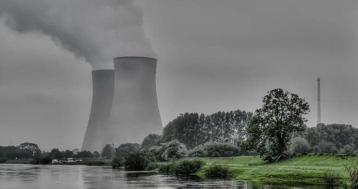 Nuclear power: Advantages and disadvantages
