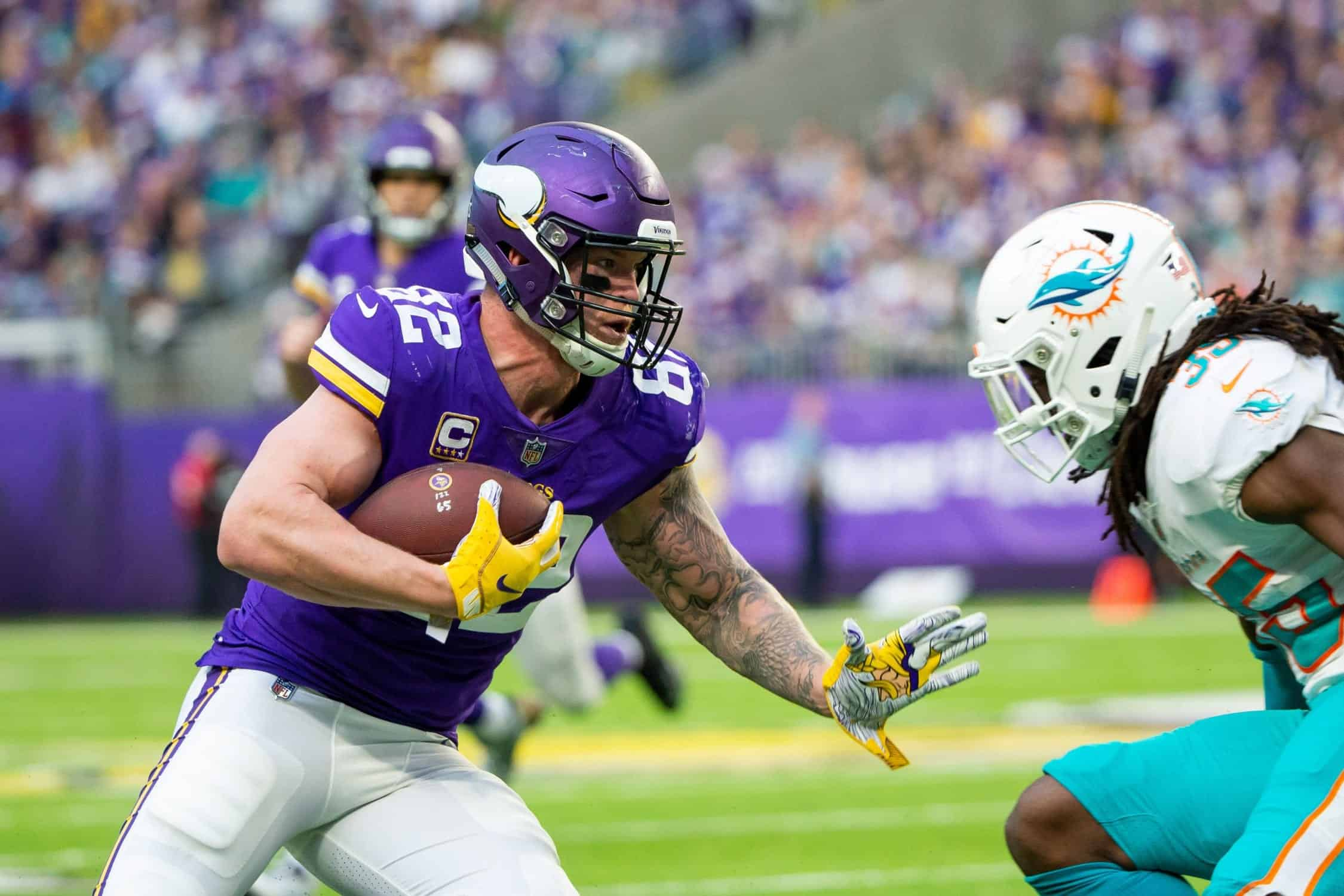 Patriots have had discussions with Vikings about Kyle Rudolph