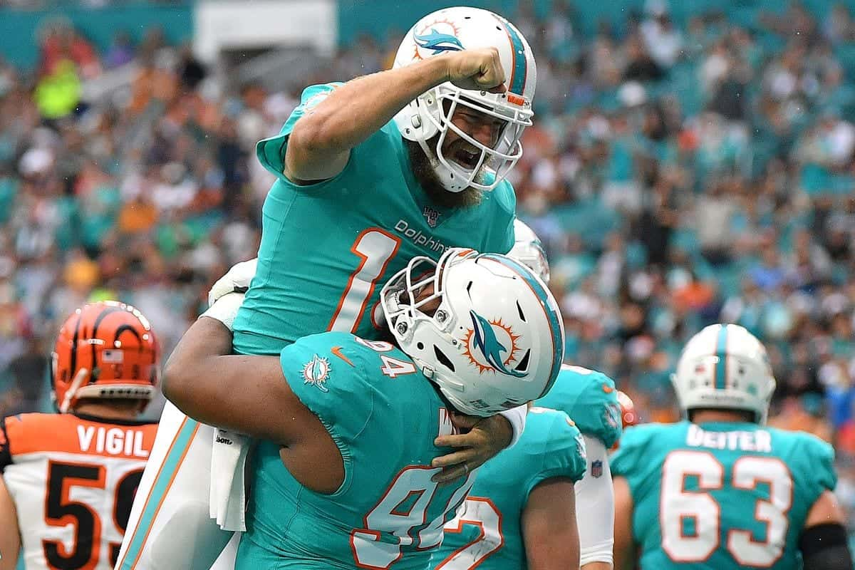 Does Ryan Fitzpatrick deserve to be Dolphins starter in 2020?