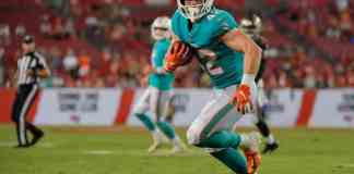 Week 14 NFL Player Props: Over/under betting analysis