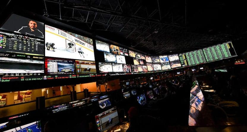 Top 7 Proven Betting Strategies: How to make money on NFL events