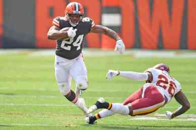 Nick Chubb leads the Cleveland Browns to victory over Washington | PFN