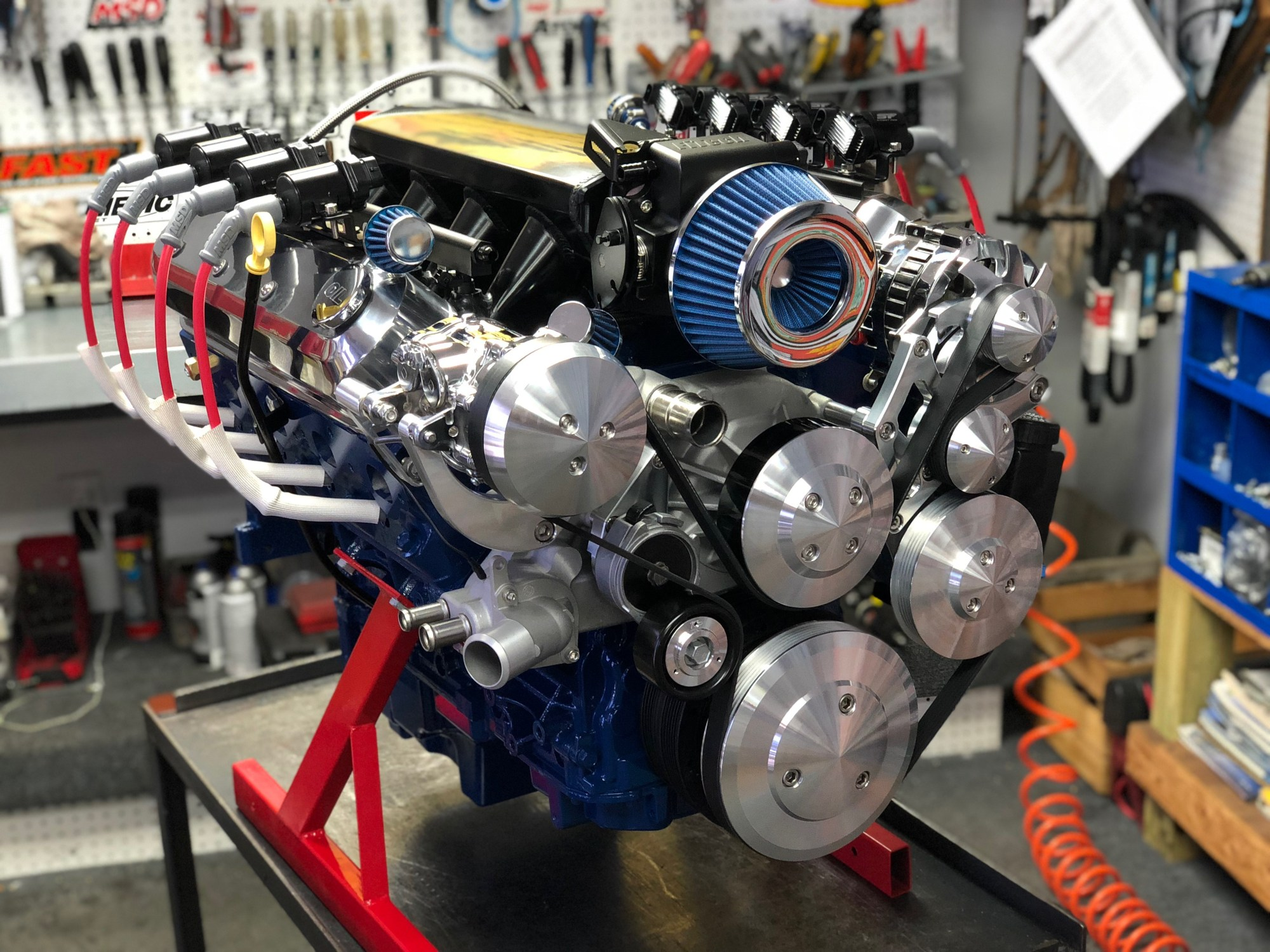hight resolution of lq9 370ci 525hp complete crate engine
