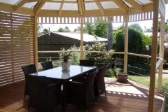 Gazebo Feature & Stainless Steel Balustrade