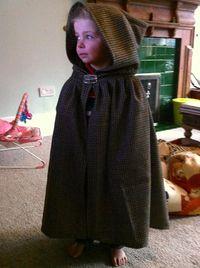 How To  Make an easy kids cloak  Empire