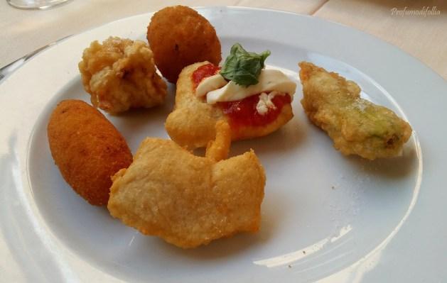 Cosa mangiare a Ischia Antipasto di fritti napoletani