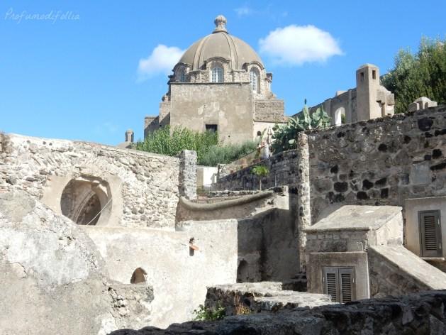 castello aragonese ischia casa del sole architettura
