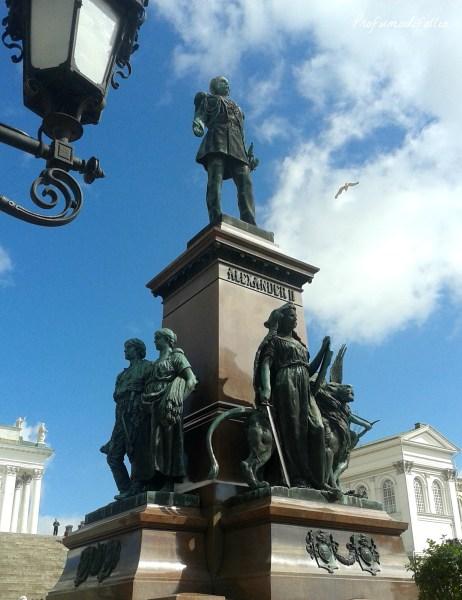 helsinki cosa vedere Piazza del Senato statua Alessandro II