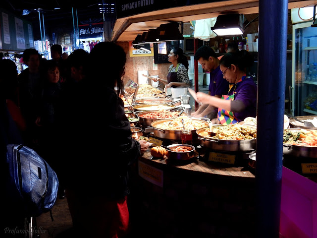 bancarelle di street food a Camden Town