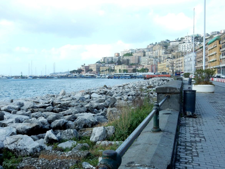 Napoli, lungomare di Mergellina