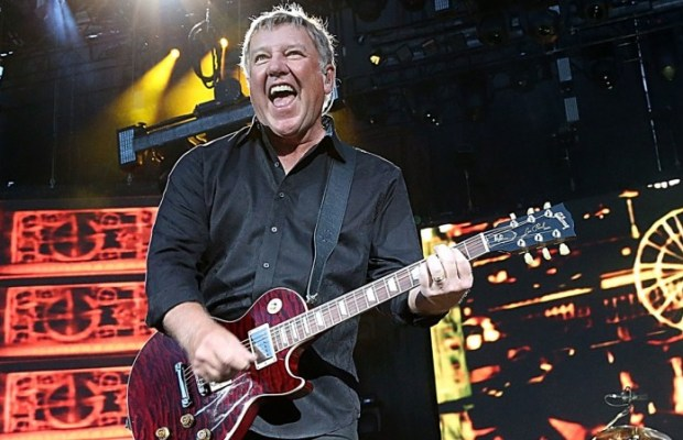 ALEX LIFESON Will Possibly Release Solo Album