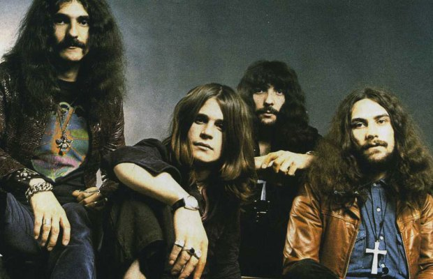"Rare Footage of BLACK SABBATH Playing ""Paranoid"" at Bilzen Pop Festival in 1970"