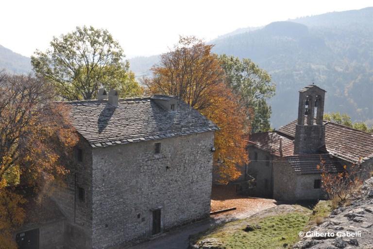 Chiesa di San Michele - Progettoideal chiusi della verna (©gilberto gabelli)