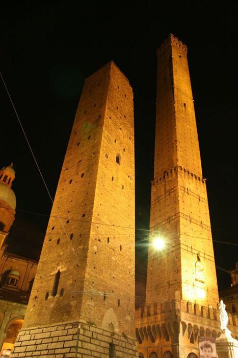 Dopo il restauro della Garisenda ora tocca alla torre degli Asinelli  ProgettoItaliaNews