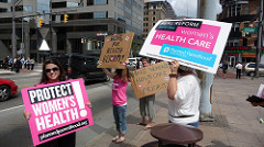 Planned Parenthood Campaigners