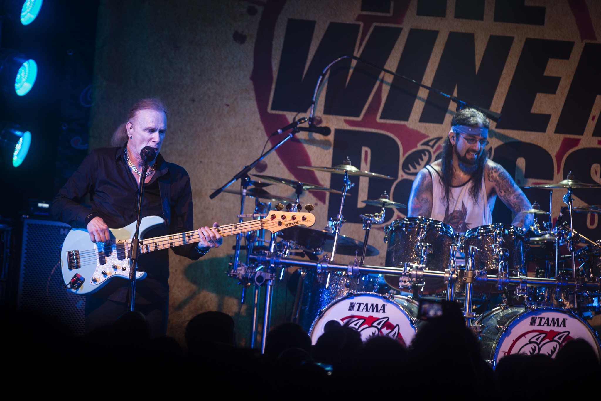 Billy Shean & Mike Portnoy live @ Crossroads