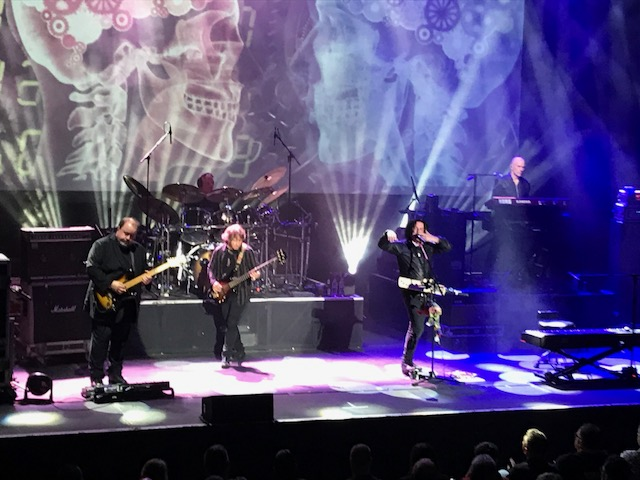 Live Review – Marillion at York Barbican 22nd April 2018 – by Progradar