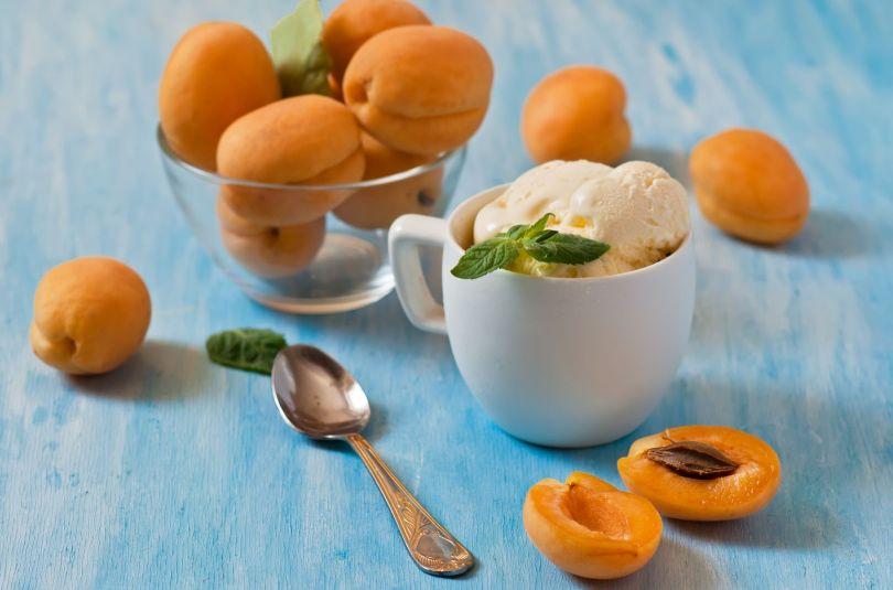 Lacté glacé à l'abricot