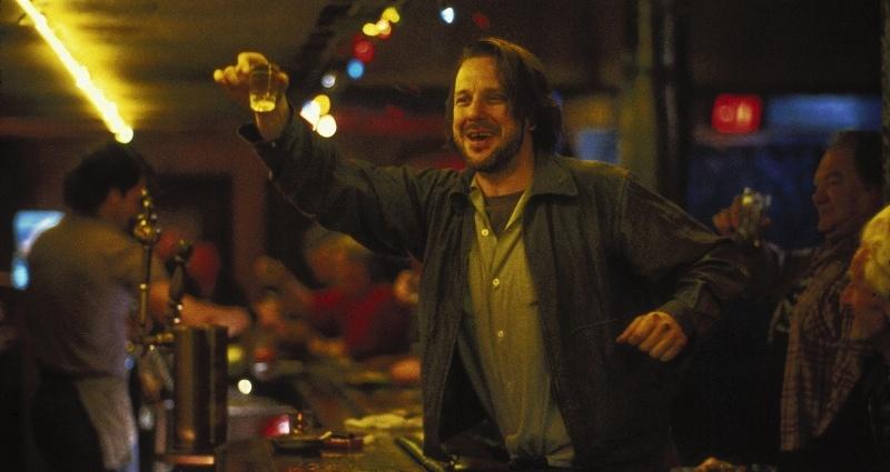 10-filmes-embriagados-que-você-precisa-conhecer_ Barfly-filme-bukowsky