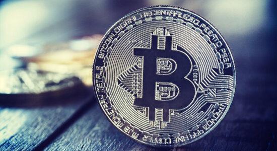 avvertenze bitcoin si moltiplicano