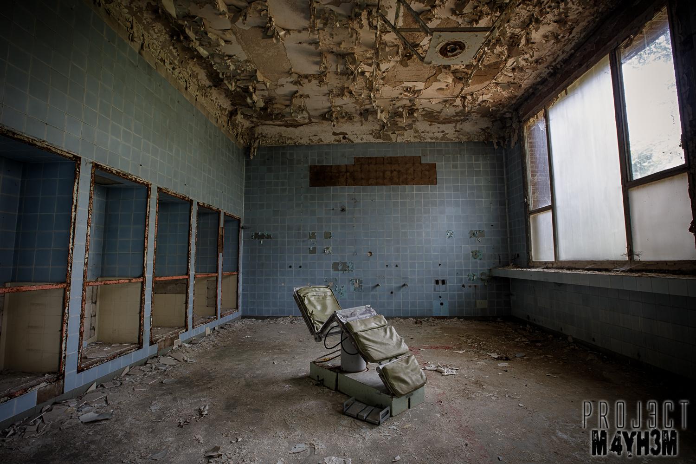 Rust Girl Wallpaper Proj3ctm4yh3m Urban Exploration Urbex Cccp Hospital