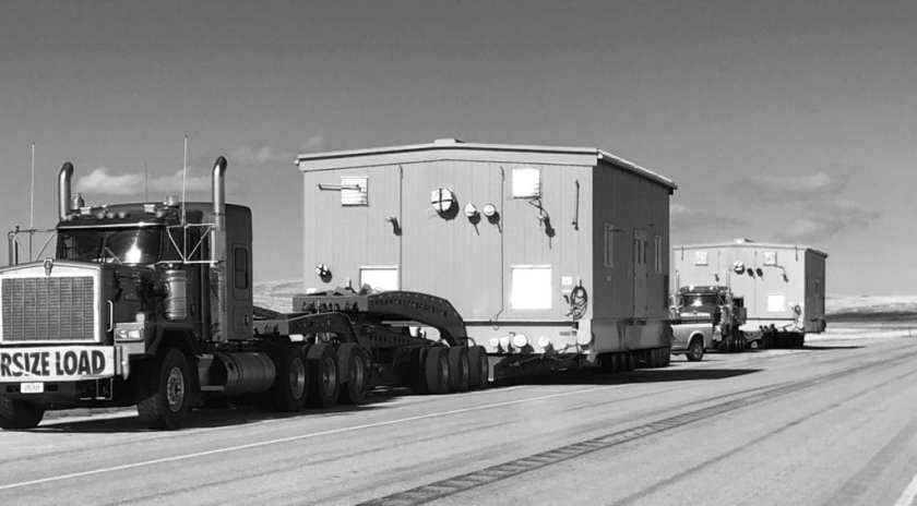 180,000 lbs (82mt) compressor