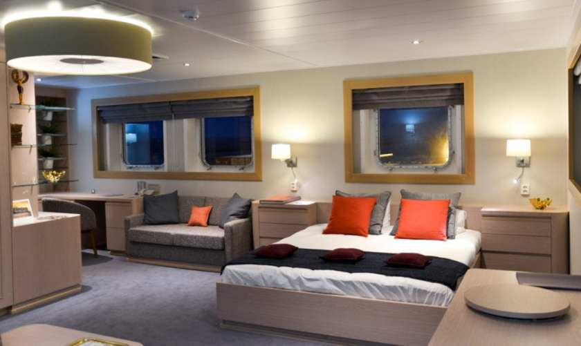 Accomodation onboard CMA CGM Travel by Container Ship