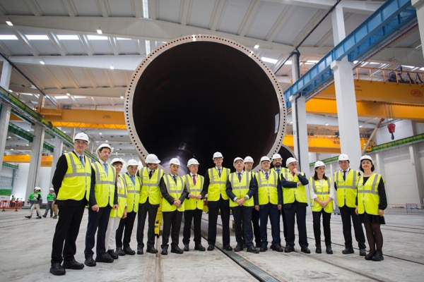 Haizea Wind inaugurates at the Port of Bilbao one of the largest wind tower and offshore foundation manufacturing plants in Europe.